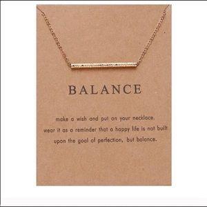 Balance gold bar necklace